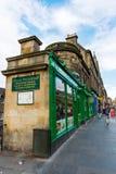在乔治四世桥梁的街道视图在爱丁堡,苏格兰 图库摄影