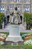 在乔治城大学校园里的约翰卡洛尔雕象 免版税库存图片