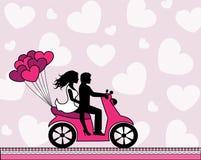 在乘坐摩托车的爱的夫妇 免版税图库摄影