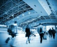在乘客里面的机场 免版税图库摄影