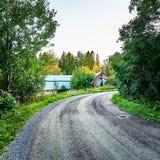 在乡下的空的石渣路 库存照片