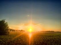 在乡下风景的日出 免版税库存图片