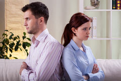 在争吵以后的哀伤的婚姻 免版税库存图片