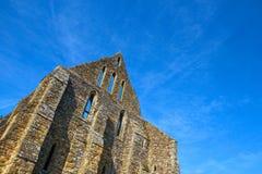 在争斗修道院的中世纪大厦在海斯廷斯,英国 库存照片