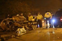 在事故的被烧的汽车 库存图片