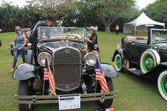 在事件的古色古香的美国汽车 免版税库存照片