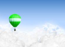 在云彩上的热空气气球 免版税库存照片