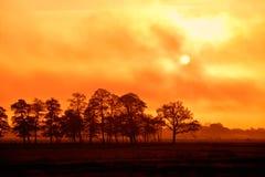 在云彩之后的日落星期日 图库摄影