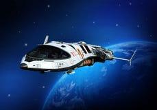 在云彩后侧方视图之上的太空飞船 库存图片