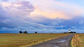 在云彩后的日出 免版税库存照片