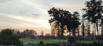 在云彩的日落 库存照片