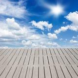 在云彩的码头 图库摄影