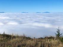 在云彩风景上 库存图片