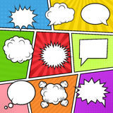 在五颜六色的背景的讲话泡影 免版税库存图片