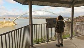 在亚利桑那状态路线188的一座吊桥 库存图片