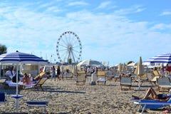 在亚得里亚海,里米尼的海滩胜地 免版税库存图片
