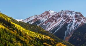 在亚斯本,碲化物,科罗拉多的美好的山风景 库存照片