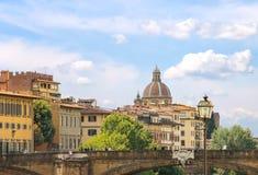 在亚诺河河的Ponte圣诞老人Trinita桥梁在佛罗伦萨 库存图片