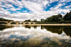 在亚诺河,托斯卡纳的反射 库存图片