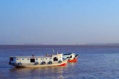 在亚马逊的小船 图库摄影