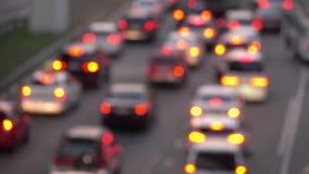 在交通的汽车,在焦点外面 城市交通果酱 股票录像