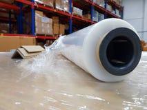 在产业工作场所,舒展套Indust的包装辅助部件 免版税库存图片