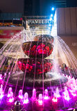 在亭子购物中心,吉隆坡前面的水晶喷泉 图库摄影