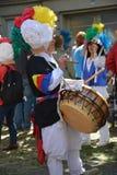 在人民的狂欢节的面具在克罗伊茨贝格,柏林 免版税库存照片
