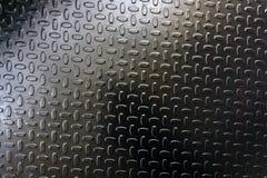 在仓库标尺铁锈的不滑的钢滤栅, 免版税库存图片