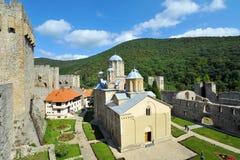 在代斯波托瓦茨附近的修道院Manasija在塞尔维亚 库存图片