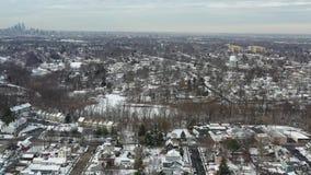 在以后的鸟瞰图小镇降雪 影视素材