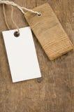 在价牌木头的背景 免版税库存照片