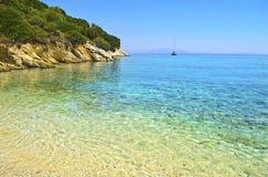 在伊塔卡海岛-爱奥尼亚人海岛的希腊海滩风景 库存图片