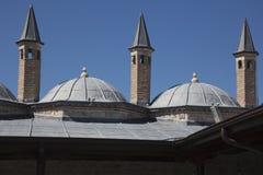 在伊斯兰教苦行僧细胞上的塔在Mevlana博物馆 免版税库存照片
