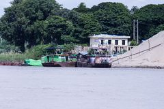 在伊洛瓦底省的缅甸游艇 免版税图库摄影