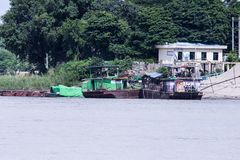在伊洛瓦底省的缅甸游艇 免版税库存照片