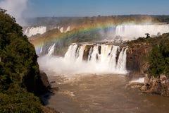 在伊瓜苏瀑布的彩虹 免版税库存图片