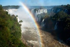 在伊瓜苏瀑布的彩虹 库存图片