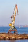 在伏尔加河的口岸起重机 Kineshma 俄国 库存图片