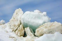 在休伦湖的冰平板 免版税图库摄影