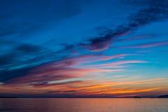 在优越湖的日落 库存照片