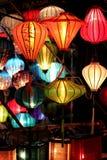 在会安市的美丽的灯 图库摄影