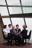 在会议的商人小组 图库摄影