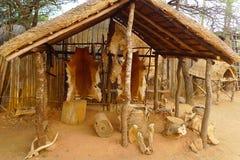 在伟大的Kraal里面在Shakaland祖鲁族人村庄,南非 图库摄影