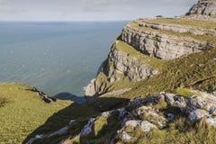 在伟大的Orme的剧烈的峭壁在兰迪德诺,威尔士在英国 免版税库存图片