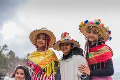 在传统衣物的孩子在摩洛哥 图库摄影