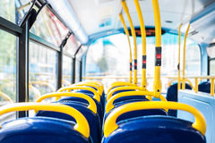 在伦敦双层公共汽车的空位 免版税库存图片