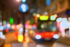 在伦敦街道的公共汽车的聚焦 免版税库存照片