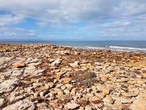 在低点的岩石斯宾塞海湾视图 免版税库存图片