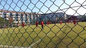 在体育场的土耳其足球运动员火车 库存图片